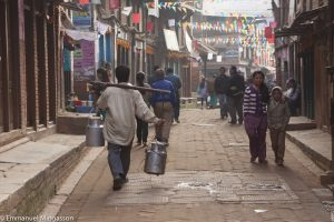 nepal_bakhtapur_livraison_bidon_lait
