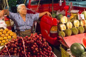 thailande_femme_fruit_durian